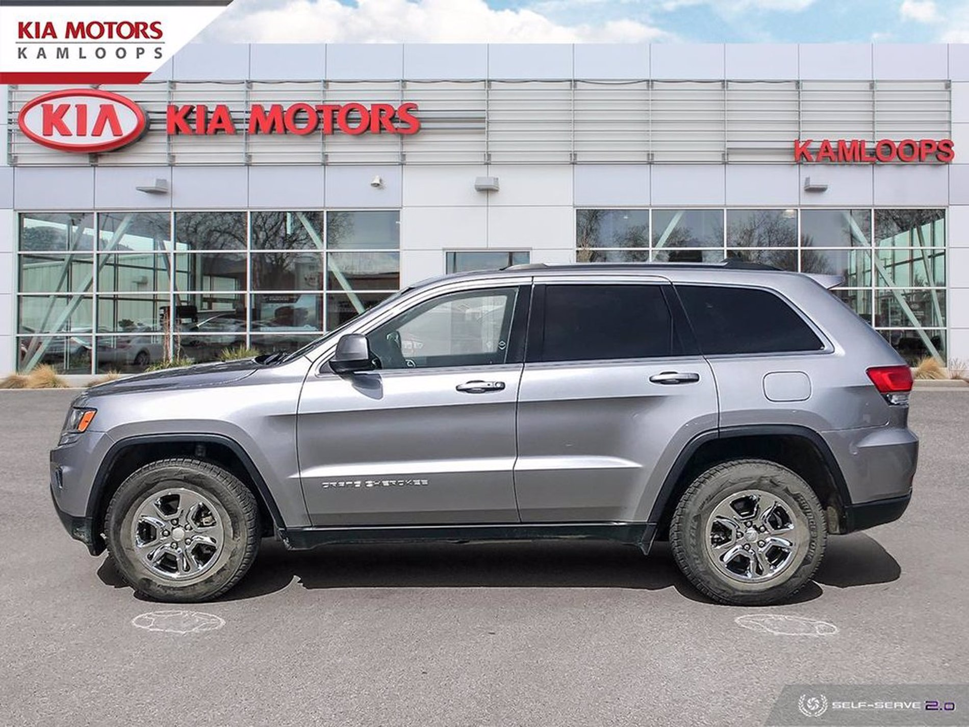 Used 2016 Jeep Grand Cherokee Laredo 4WD 4dr Laredo at AutoNow - Your FRIENDLY Auto Credit Solution